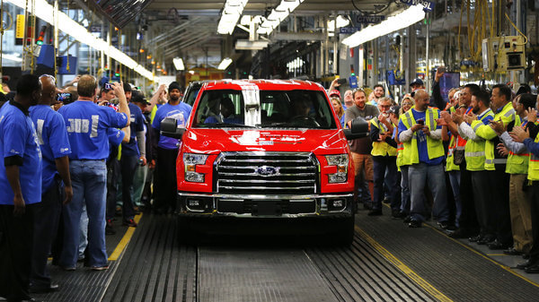 Ford Introduces F-150 Complete With Aluminum Body